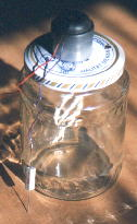 Gurkenglas-Ätzmaschine